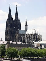 Cologne Cathedral in 2004 [Photo: FJK71]