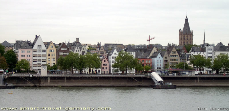 cologne old town and its countless restaurants. Black Bedroom Furniture Sets. Home Design Ideas